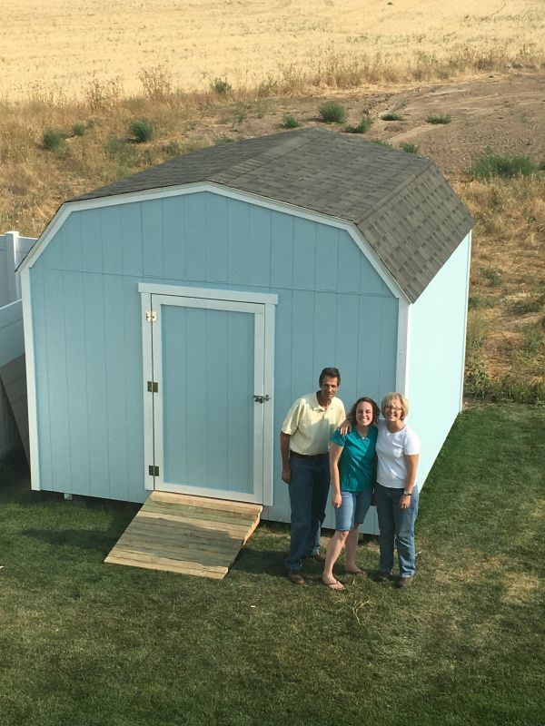 Pictures of sheds - Here's Jon's 12'x12' barn shed.