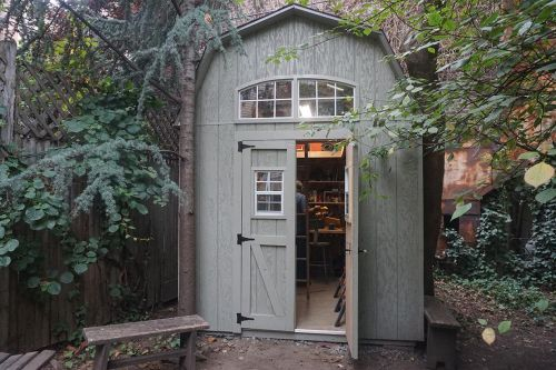 pictures of Jerry's 8x10  barn shed
