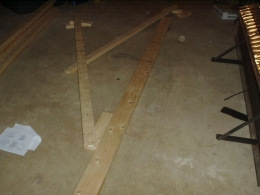 shed roof truss with mending gusset plates