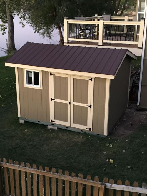 A picture of David's 12x8 saltbox shed.